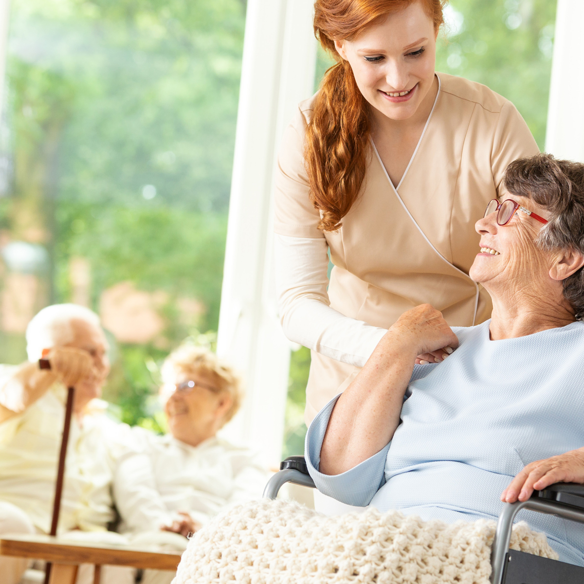 Memory Care vs. Nursing Care: What's Better for Dementia Patients?